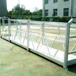 Plataforma de trabajo de construcción eléctrica de diferente modelo.